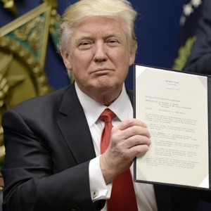 Trump ordering review of Obama rule protecting small streams