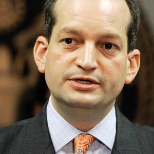 Trump names Alexander Acosta as labor secretary nominee