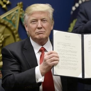 Trump to unveil new travel ban Monday, without Iraq
